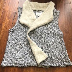 Cavalini Black, white vest size XL w/fur trim